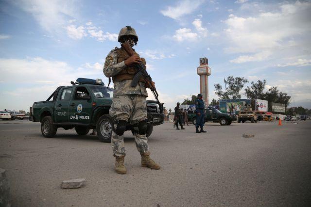 Αφγανιστάν: Δεκάδες παιδιά σκοτώθηκαν από επιδρομή | tovima.gr