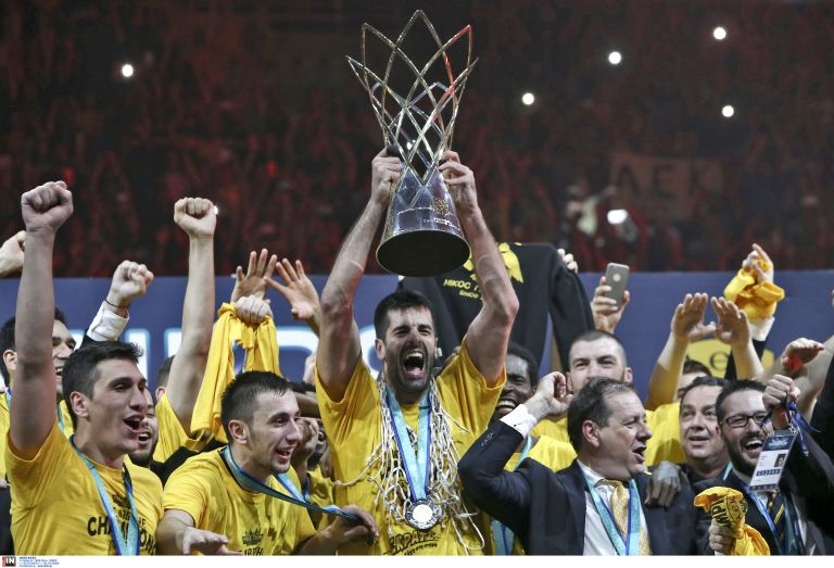 Βασίλισσα η ΑΕΚ στον τελικό του Basketball Champions League | tovima.gr
