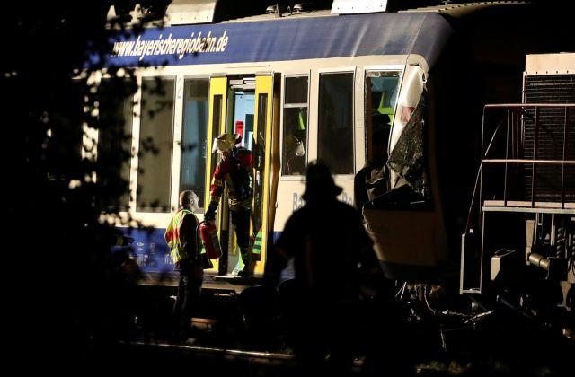 Γερμανία: Συνελήφθη ελεγκτής ως υπεύθυνος για σιδηροδρομικό δυστύχημα | tovima.gr