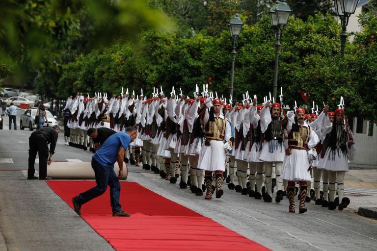 Συνάντηση ΠτΔ-Εσθονής Προέδρου: Ξεκάθαρα μηνύματα σε πΓΔΜ-Τουρκία | tovima.gr