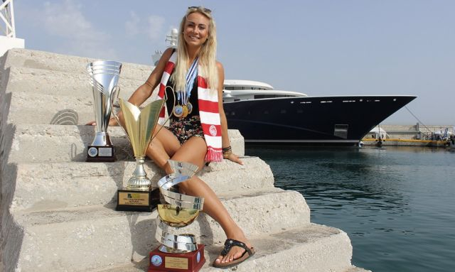 Βόλεϊ γυναικών: Η Χίπε ανανέωσε για δύο ακόμη χρόνια με τον Ολυμπιακό   tovima.gr