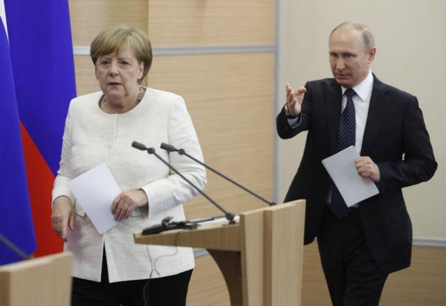 Τα «καυτά» θέματα της συνάντησης Μέρκελ – Πούτιν | tovima.gr