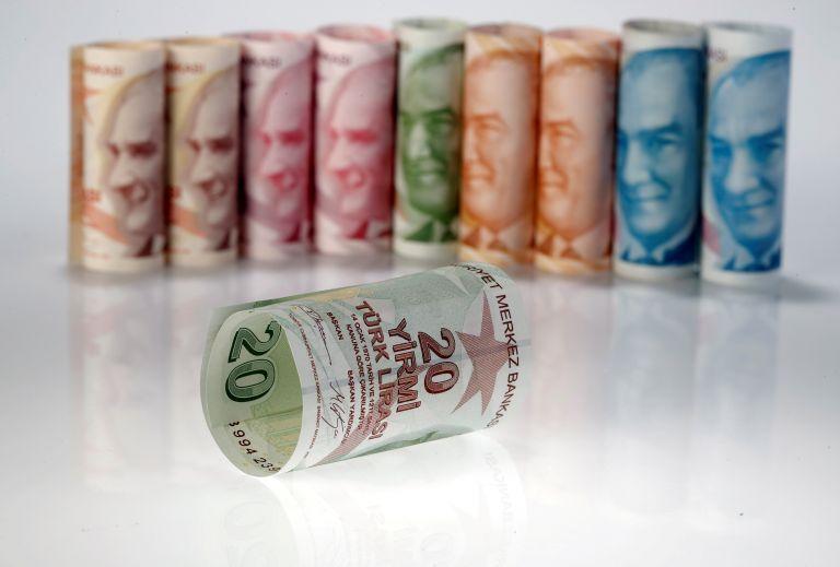 Wall Street Journal: Ευθύνη Ερντογάν η κατάρρευση της τουρκικής λίρας   tovima.gr
