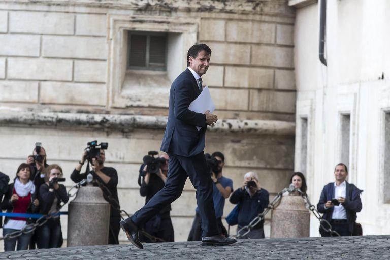 Ιταλία: Εντολή σχηματισμού κυβέρνησης στον Τζουζέπε Κόντε | tovima.gr