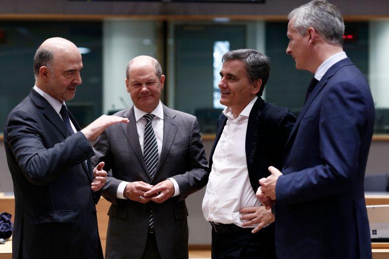 EUobserver: Μέτρα για ελάφρυνση του ελληνικού χρέους και εποπτεία   tovima.gr