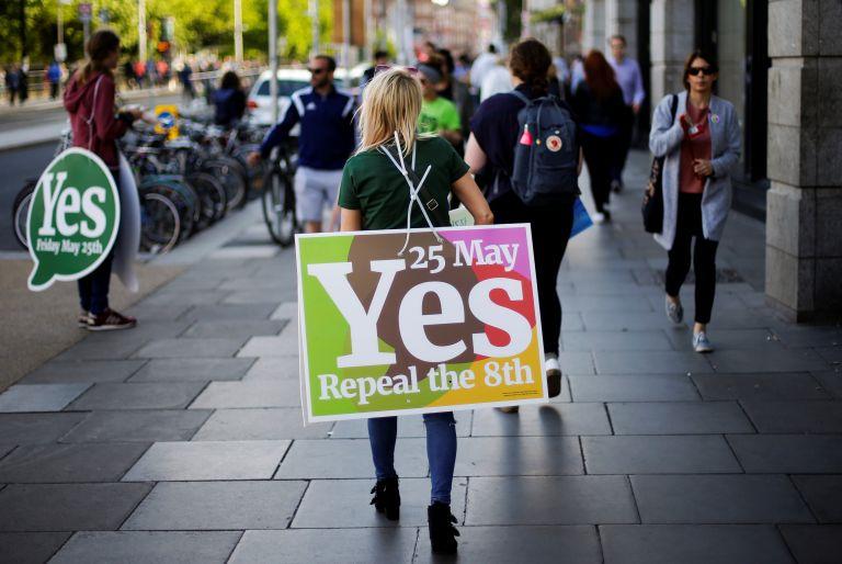 Ιρλανδία – αμβλώσεις: Τα exit poll δείχνουν συντριπτική νίκη του «ναι» | tovima.gr