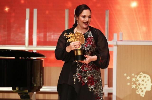 Κύπρος: Υποδέχθηκαν την βραβευμένη δασκάλα Άντρια Ζαφειράκου | tovima.gr