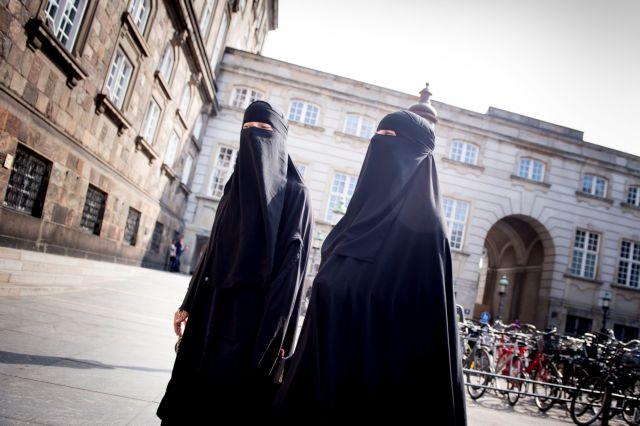 Τα σκοτεινά γκέτο της «φωτεινής» Δανίας | tovima.gr