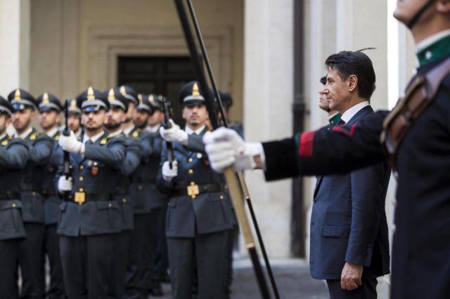 Spiegel: Η Ιταλία αυτοκαταστρέφεται παρασύροντας την Ευρώπη   tovima.gr