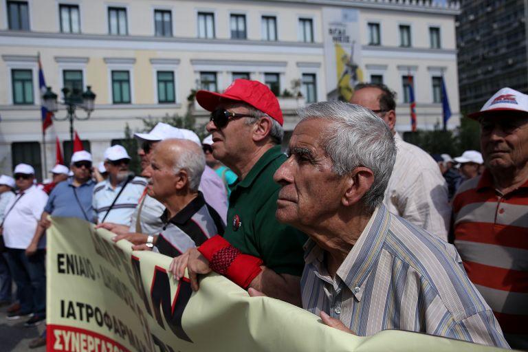 Συντάξεις – σοκ με τον νόμο Κατρούγκαλου | tovima.gr