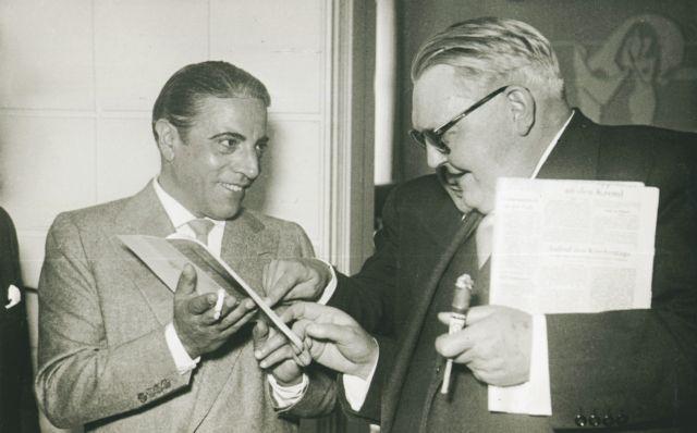 Revival of the greek registry (1953-1960) | tovima.gr