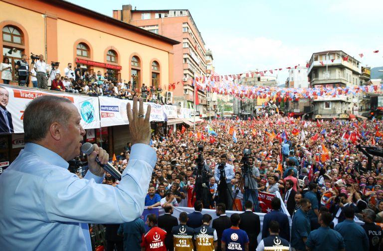 Τουρκία – δημοσκόπηση: Πλειοψηφία Ερντογάν στον β΄γύρο των εκλογών | tovima.gr