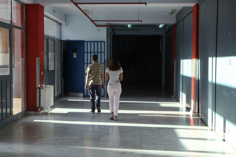 Αναβαθμίζονται είκοσι σχολεία στο δήμο Πειραιά   tovima.gr
