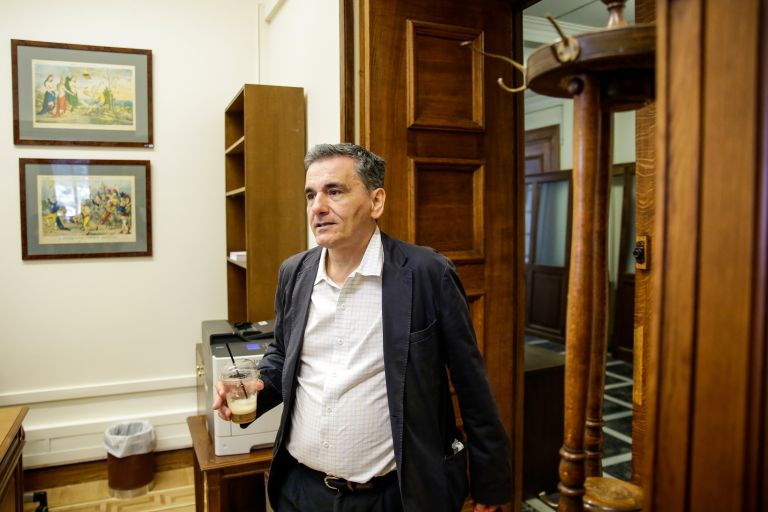 Τσακαλώτος: Δεν είμαι ευτυχής, αλλά εμείς δεν πουλάμε φούμαρα | tovima.gr