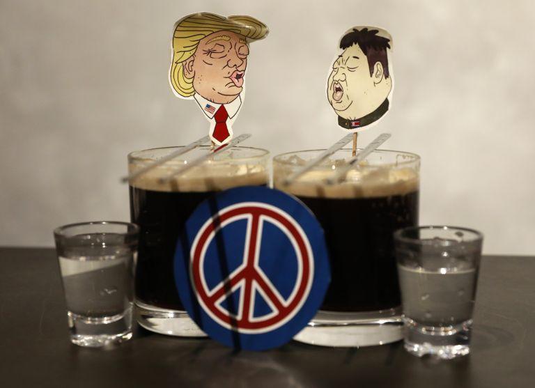 Αισιόδοξος και ανυπόμονος ο Τραμπ για τη συνάντηση με τον Κιμ Γιονγκ- Ουν | tovima.gr