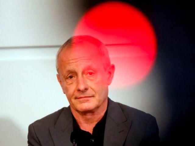 Αυστρία: Αποχώρησαν οι γυναίκες βουλευτές κατά την ορκωμοσία του Πέτερ Πιλτς | tovima.gr