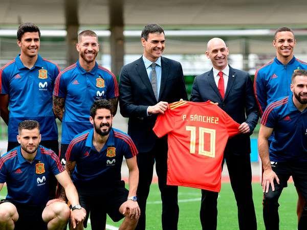 Ντε Χέα: Συνεχίζει την κόντρα του με τον πρωθυπουργό της Ισπανίας | tovima.gr