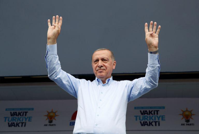 Ερντογάν: Προανήγγειλε επίθεση και κατά των Κούρδων στο Καντίλ   tovima.gr