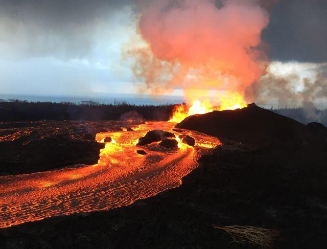 Μια λίμνη εξατμίστηκε από ηφαίστειο στην Χαβάη! (βίντεο) | tovima.gr