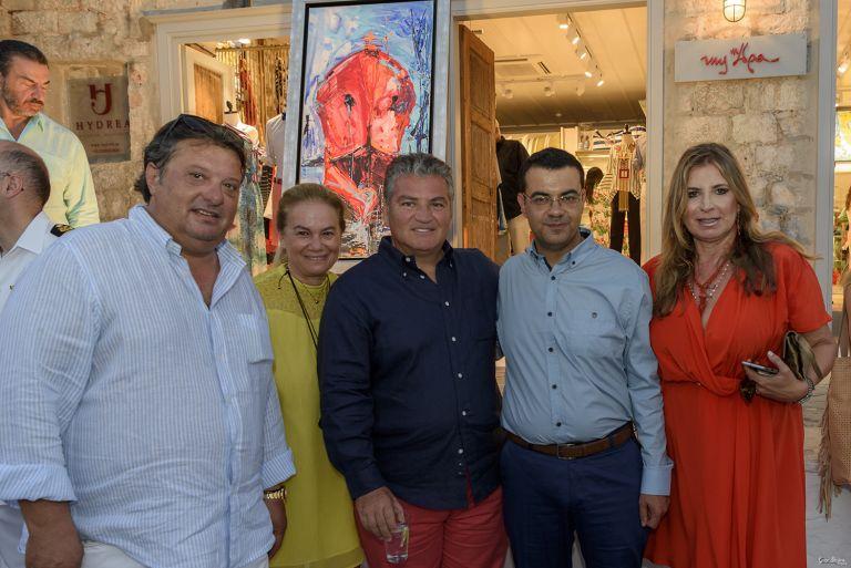 MyΥδρα Concept Store: Έκθεση έργων Μίνας Παπαθεοδώρου Βαλυράκη, στην Ύδρα   tovima.gr
