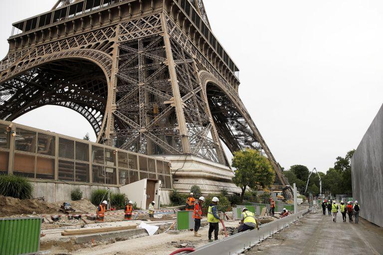 Παρίσι: Απεργίες «κλείνουν» δημοφιλή τουριστικά αξιοθέατα   tovima.gr