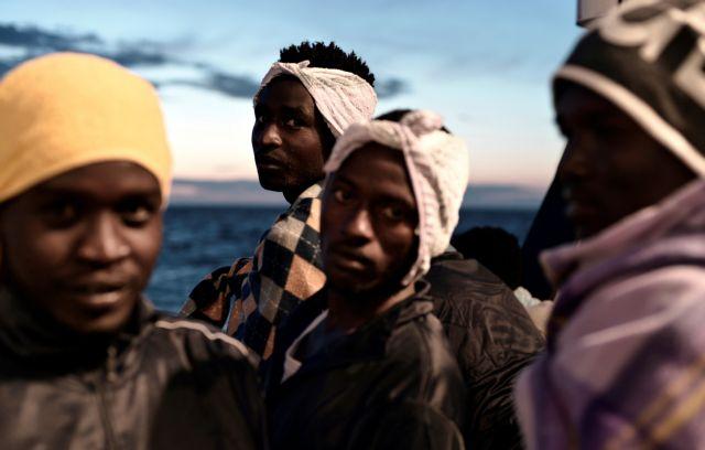 Ιταλία: Διώχνει ακόμα δύο πλοία με μετανάστες | tovima.gr