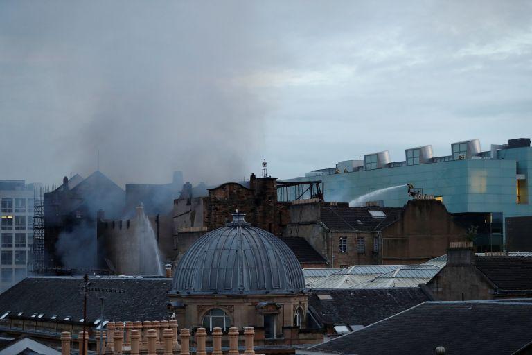 Γλασκώβη: Φωτιά στη Σχολή Καλών Τεχνών   tovima.gr