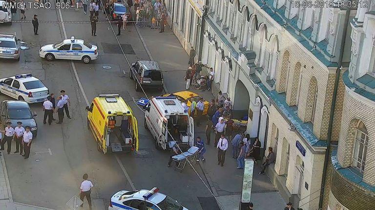 Μόσχα: Εξιτήριο για τρεις από τους τραυματίες που έπεσε πάνω τους ταξί | tovima.gr