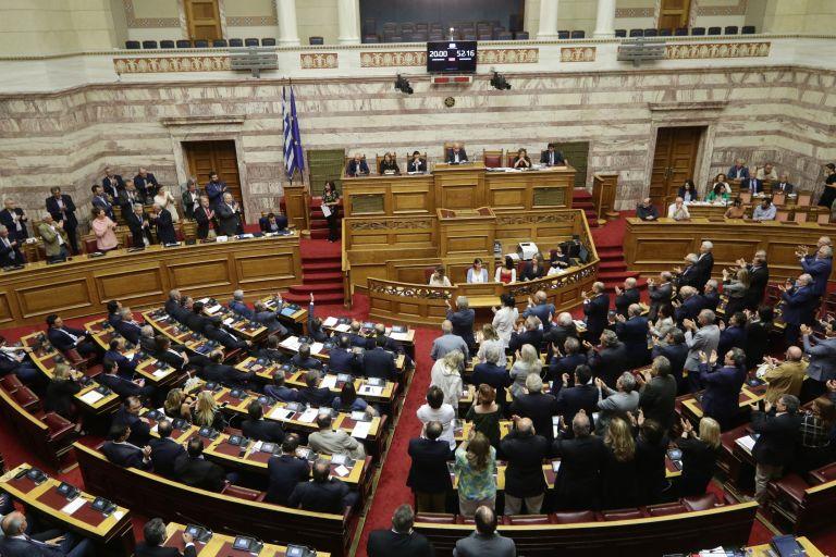 Τα κέρδη και οι ζημίες των κομμάτων από τη συμφωνία των Πρεσπών | tovima.gr