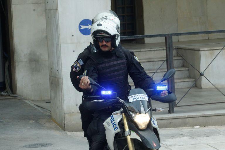 Δύο συλλήψεις για τη δολοφονία του 26χρονου στο Περιστέρι   tovima.gr