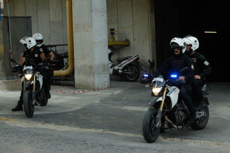 Νεαρός ποινικός, κατηγορούμενος για ληστείες, ο συντονιστής του «επαναστατικού ταμείου» | tovima.gr