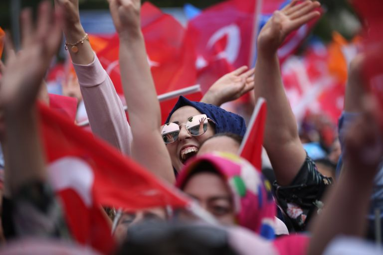 Τουρκία: Στις κάλπες 59 εκατ. ψηφοφόροι την Κυριακή | tovima.gr