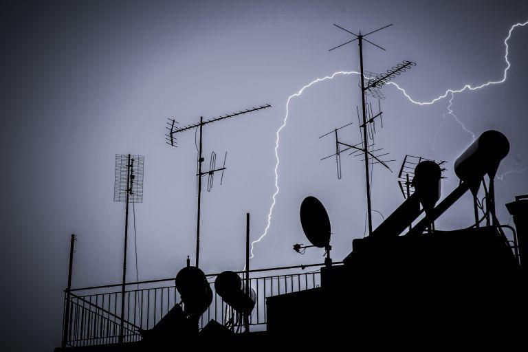 Καιρός – Κυριακή: Σποραδικές καταιγίδες ή τοπικές βροχές   tovima.gr