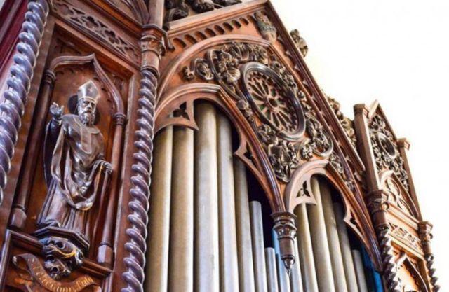 Σύρος: Το αρχαιότερο εκκλησιαστικό όργανο στην Ελλάδα | tovima.gr