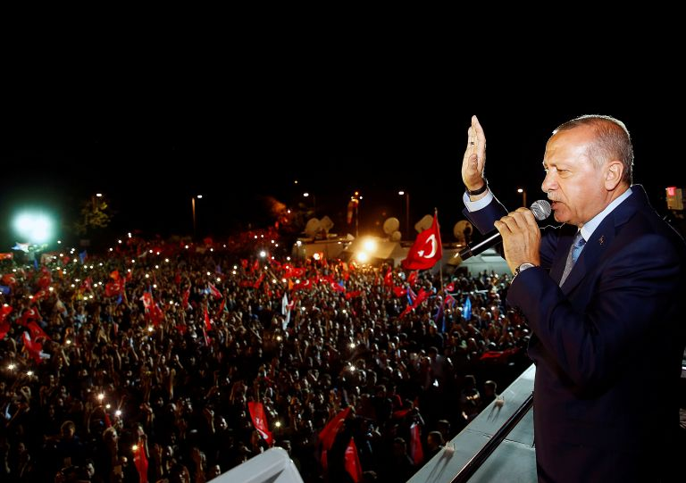 Handelsblatt: Γιατί o Ερντογάν κέρδισε πάλι;   tovima.gr
