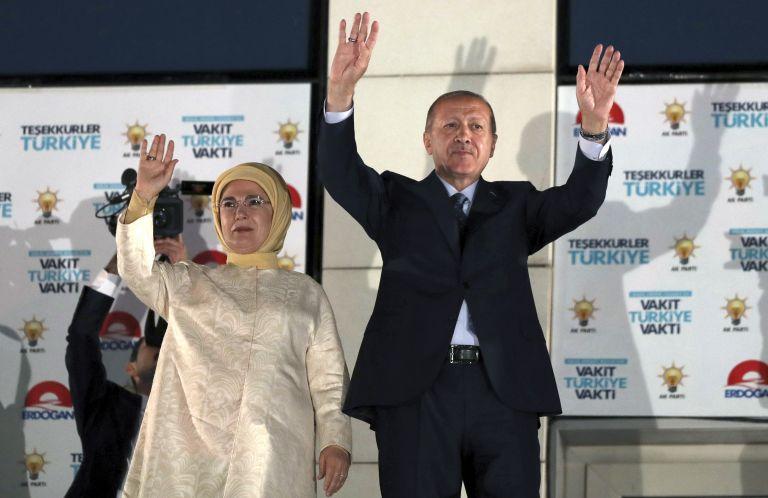 Τουρκία: Πρόεδρος και πάλι ο Ερντογάν από τον πρώτο γύρο με 52,5% | tovima.gr