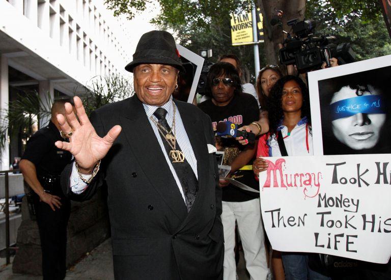 Πέθανε στα 89 του ο πατέρας του Μάικλ Τζάκσον | tovima.gr