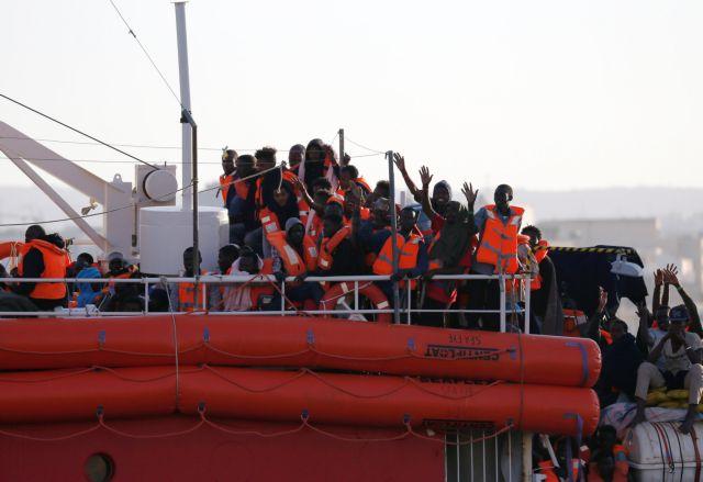 Σαλβίνι: Ας ξεχάσουν οι μετανάστες ότι μπορούν να έρθουν στην Ιταλία | tovima.gr