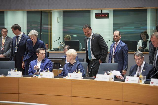 Ο οξυγονοκολλητής πρωθυπουργός | tovima.gr