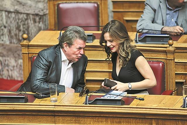 Η κυβέρνηση παίζει και με τα αναδρομικά | tovima.gr