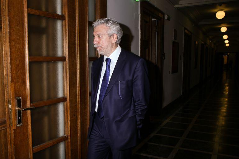 Κοντονής: Συναντήθηκε με τον πρόεδρο του Δικηγορικού Συλλόγου Πειραιά | tovima.gr