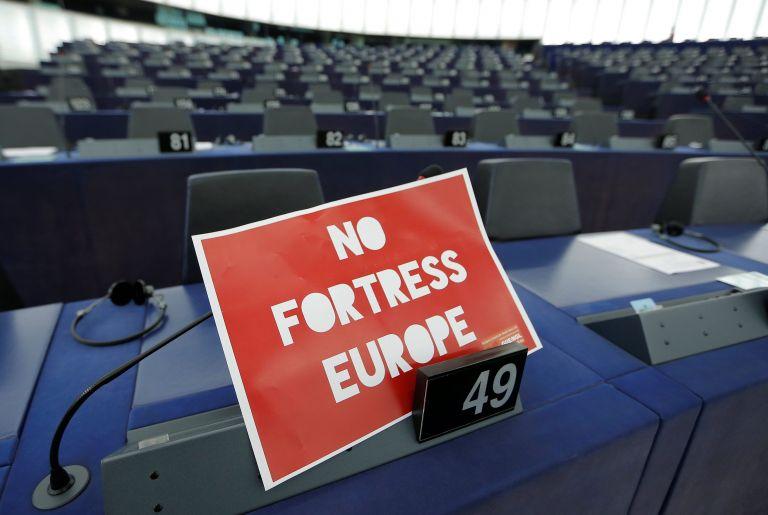Αποδοκίμασε την έλλειψη συμφωνιών για το άσυλο το Ευρωκοινοβούλιο | tovima.gr