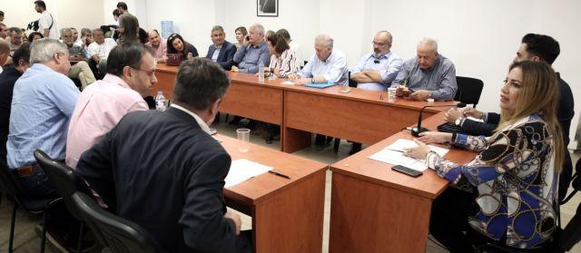 Ελπίζουν σε συσπείρωση, φοβούνται την πόλωση | tovima.gr