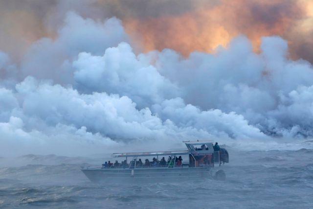 Χαβάη: Λάβα εκτοξεύτηκε σε βάρκα τραυματίζοντας 23 τουρίστες | tovima.gr