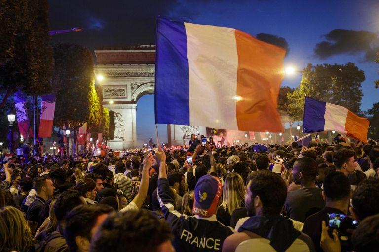 Γαλλία: Ποδοπατήθηκαν 27 άνθρωποι από πανικό | tovima.gr