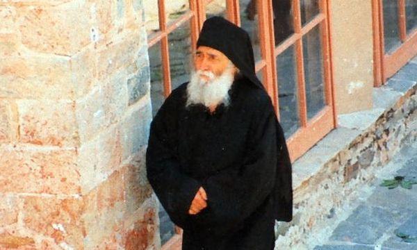 Αγιος Παϊσιος : Ο μοναχός που έγινε Άγιος από την Εκκλησία | tovima.gr