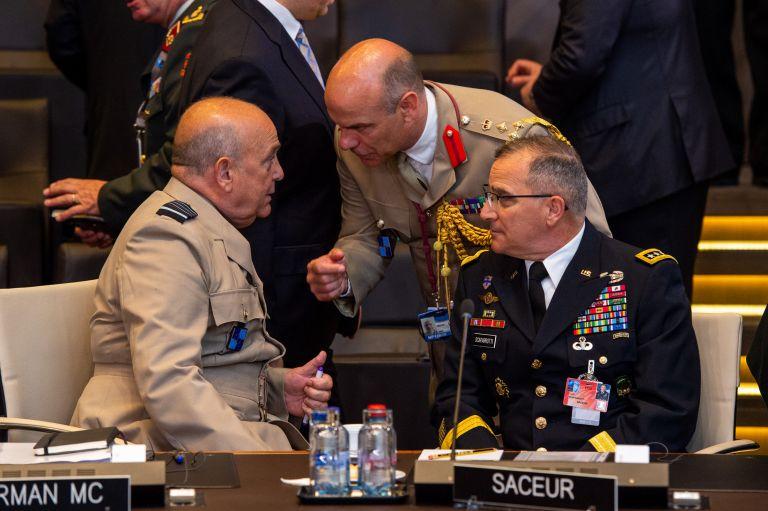ΝΑΤΟ: Έκτακτη συνεδρίαση για τις αμυντικές δαπάνες | tovima.gr