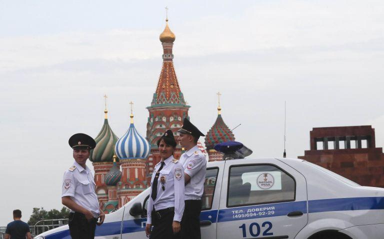 Μόσχα : Πυροβολισμοί κατά αστυνομικών – Συνελήφθη ο δράστης | tovima.gr