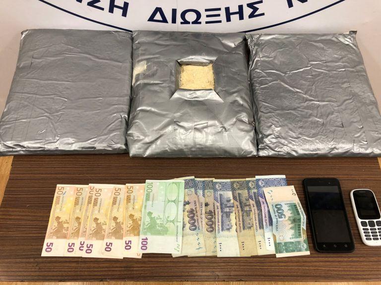 35χρονος Πακιστανός συνελήφθη με 7,5 κιλά ηρωίνης στο «Ελευθέριος Βενιζέλος» | tovima.gr