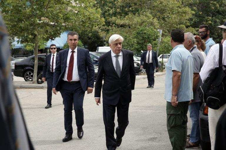 Στην πληγείσα περιοχή της Αν. Αττικής ο Πρόεδρος της Δημοκρατίας | tovima.gr